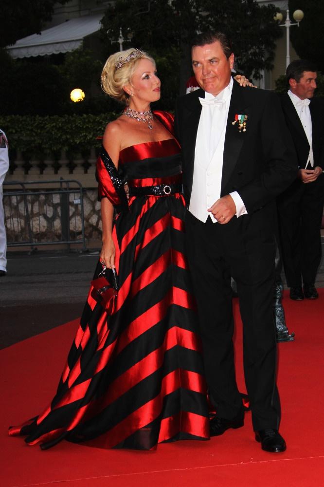 LOVE this dress!           Princess Camilla of Bourbon-Two SiciliesPrincesses Camilla, Italian Royal, Classy Lady, Sicily June, Bold Dresses, Clothing Women, June 2011, Bourbon Two Sicily, Italian Princesses