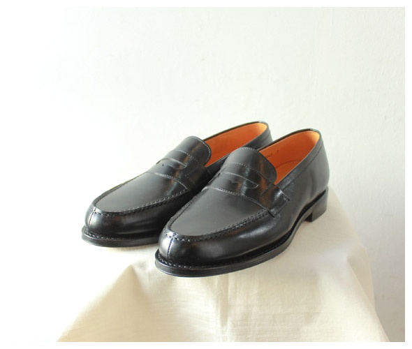 [Jalan Sriwijaya] Penny loafers  - takanna.com #shoes #loafers