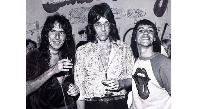 Did Jim Morrison Name Alice Cooper?