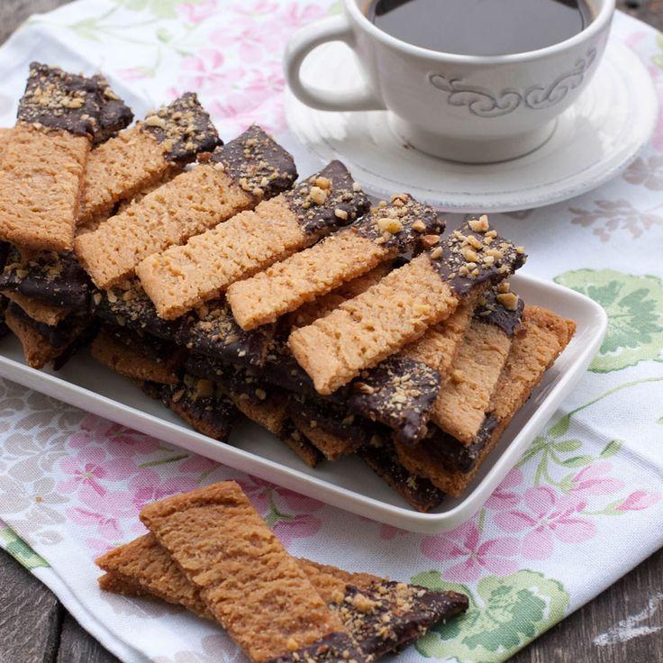 Kolasnittar med choklad och nötter