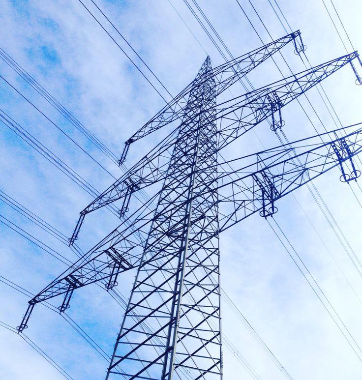 #Power in blue: High Energy in #Pulheim-Sinnersdorf. Alles unter Strom.