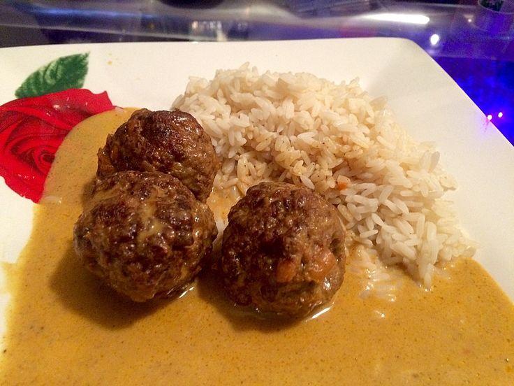 Erdnuss - Hack - Bällchen in Currysauce 2