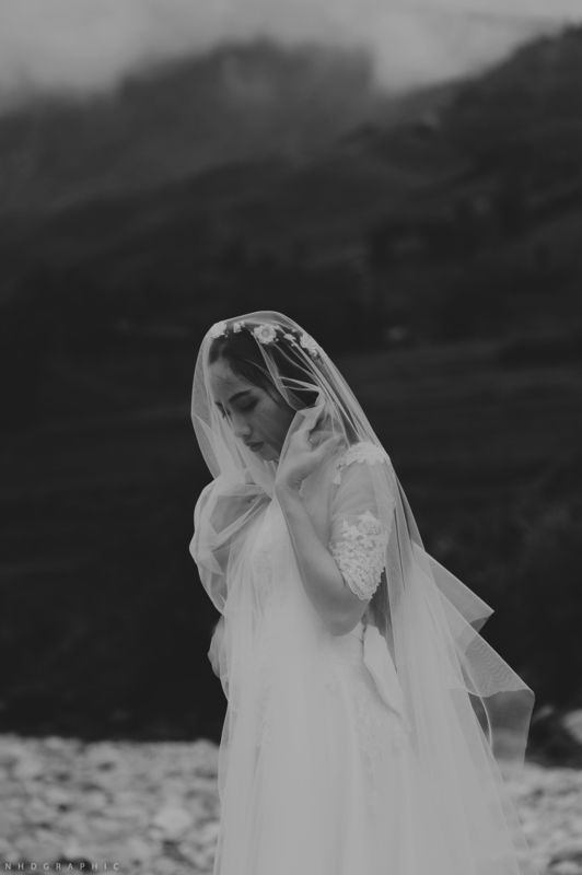she / Portrait  Hoang Dung Nguyen  Vietnam / Buon Ma Thuot  http://STRKNG.com/photographer-hoang+dung+nguyen.54cf4a0f3396c30583htwlp3wl54cf4a0f339c1.html    #Portrait #Vietnam #Buon_Ma_Thuot #bestof #international #contemporary #photography #strkng #strkng_stream
