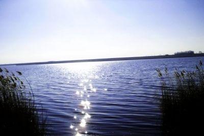 MIRACULOSUL lac cu ape TĂMĂDUITOARE din Bărăgan http://www.antenasatelor.ro/turism/6052-miraculosul-lac-cu-ape-tamaduitoare-din-baragan.html