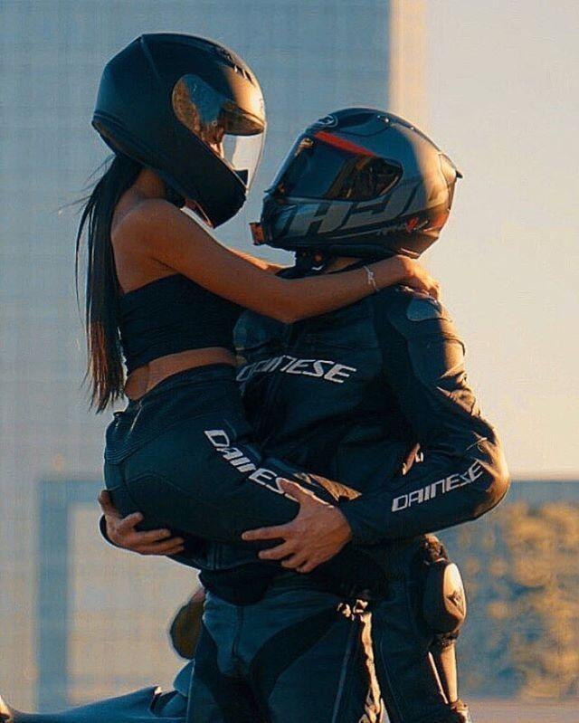 # Autoundgirl- @ snake_r6 _ #ridingsexy #bikelife from @caferacersspirit #moder … –  #Autou…