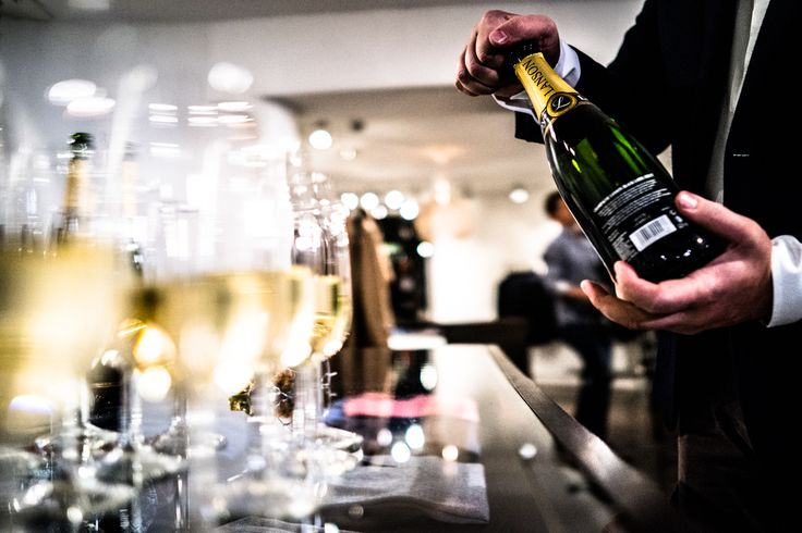 A serving of Lanson's bubbly at Foundry Helsinki event at Sauma. Photo (c) Risto Kantola