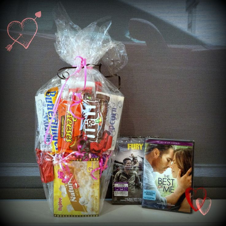 It's day two of our Valentine's Day #giveaway event! Your couch is much more comfy than the movie theater. Instead make some popcorn & catch a flick at home. Comment with your favorite romance movie? Winner drawn tomorrow!