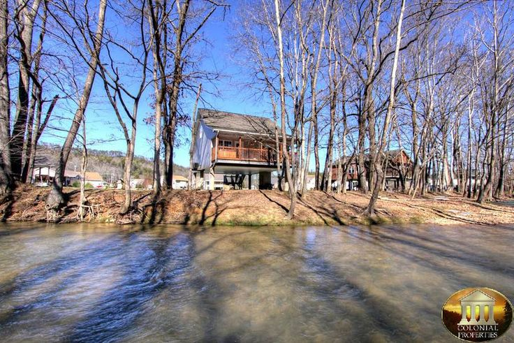 """Hillbilly Hilton Cabin Rental"" 3 Bedrooms, 2 Baths Pigeon Forge, Tennessee"