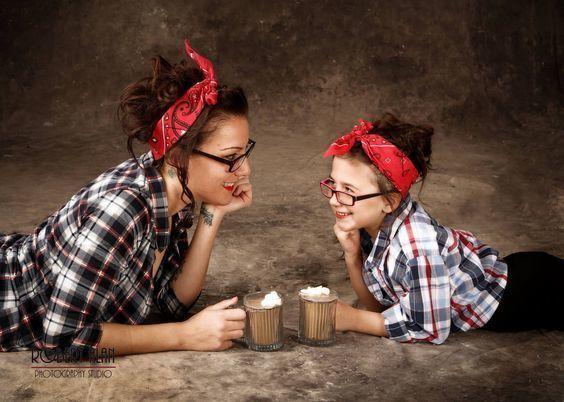 21 октября в 12.00 мы приглашаем молодых мамочек на мастер-класс по изготовлению детской косметики!  Конечно предстоит немного теории - мы расскажем об уникальности детской кожи ее особенностях которые обязательно нужно учитывать при выборе и приготовлении косметики. А дальше - каждая участница своими руками приготовит и заберет с собой необходимый осенне-зимний набор: противопростудный бальзам защитный крем от морозов и универсальный шампунь/гель для душа на основе органического ПАВа…