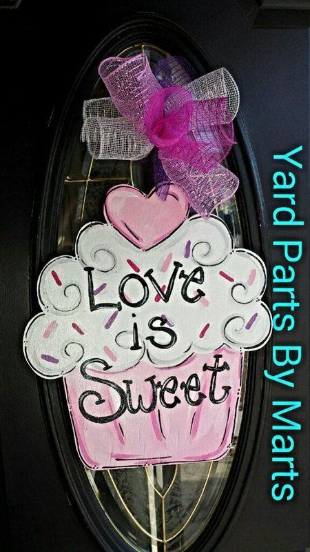 Super Sweet VALENTINE CUPCAKE door hanger Valentine's Day decor Hearts door sign