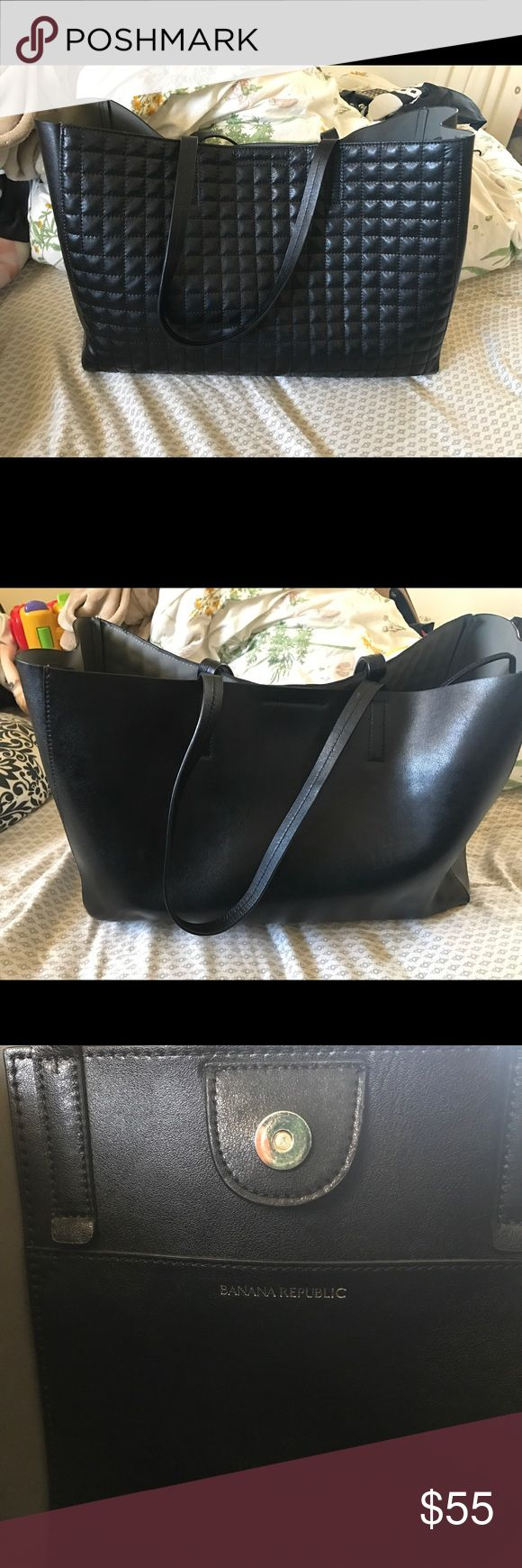 Banana Republic Handbag Black banana republic handbag with raise front details. Split hide cow leather. Used once. Pretty large to fit every girls needs. NO TRADES! Banana Republic Bags