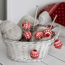 Xmas Living Glass KNITTED BALLS 726-60
