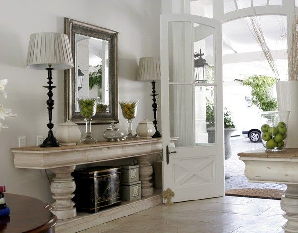 Gorgeous Twin Console Tables Flank The Front Door Elegant Decor