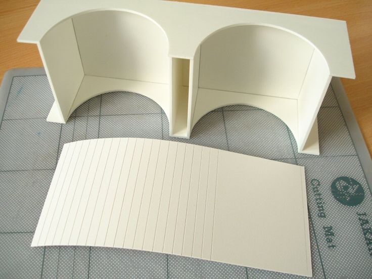 making curved walls. This article is a complete course in making foam core building models