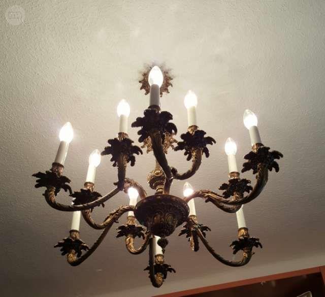 . lampara de 12 brazos en bronce macizo