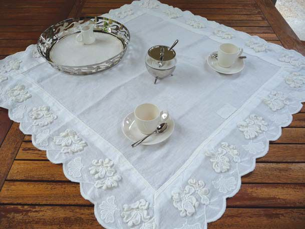 Tea for two, table dressing, linen fabrics, precious Laces, fully made in Italy