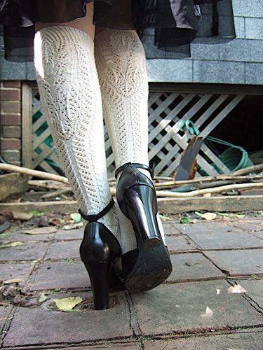 Straussel toe up sock pattern from Julia Reide on Rav.  Beautiful.