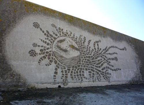 Moose Curtis reverse graffiti
