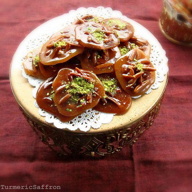 honey, saffron, pistachio and almond candies.Saffron Almond, Persian Sweets, Persian Food, Persian Honey, Persian Recipe, Almond Candies, Persian Candies, Sohan Asali, Asali Persian