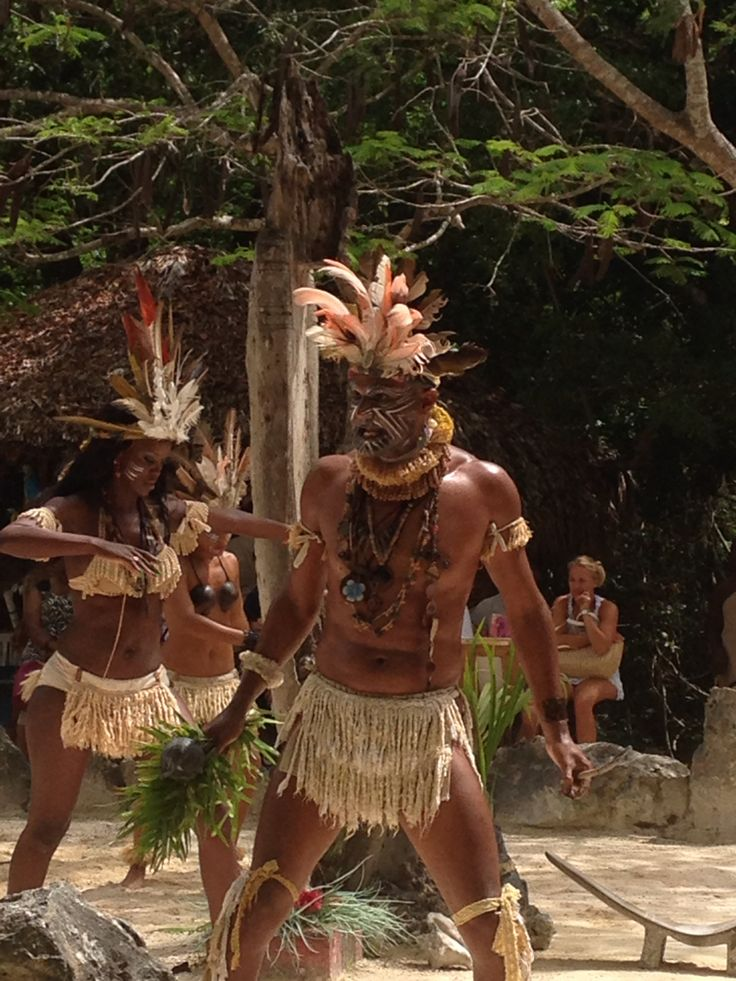 Representación Taínos, indigenas extintos en República Dominicana.