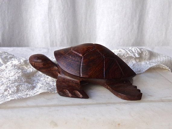 25 Unique Wood Turtle Ideas On Pinterest Sea Turtle Art
