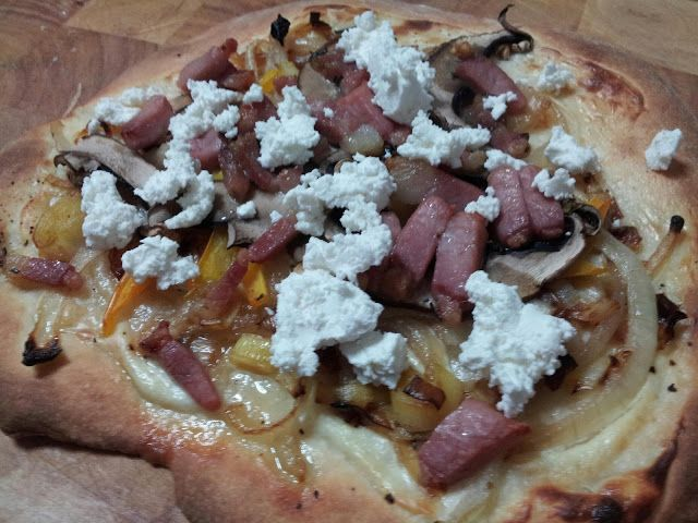 Nancy's Food Life: Homemade Pizzas