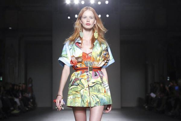 Sfilate moda Milano oggi | Calendario del primo giorno
