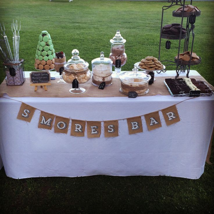 Full table of s'more deliciousness!  www.crumbandberry.com