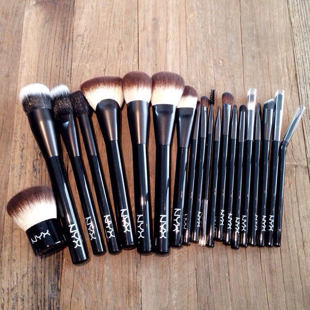 NYX Makeup Brushes