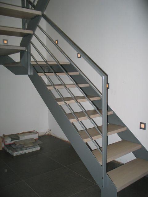 17 beste idee n over leuningen op pinterest trapleuningen leuning verbouwen en trap verbouwen - Metalen trap ...