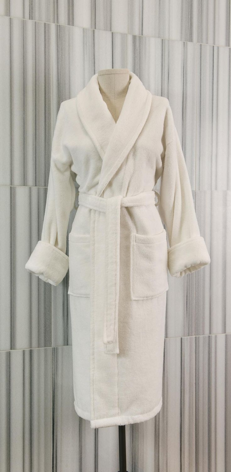 These beautiful Plush Pile robes are made from 100% Turkish low twist cotton, making them exceptionally soft and absorbent.  Loomed to a 380 gsm weight, these robes offer a relaxed fit and are classically designed to feature a shawl collar with two patch pockets and a two-loop belt.  - See more at: http://www.talesma.com/eng/94/talesma--plush-pile-robe.html#sthash.MOY1utO4.dpuf