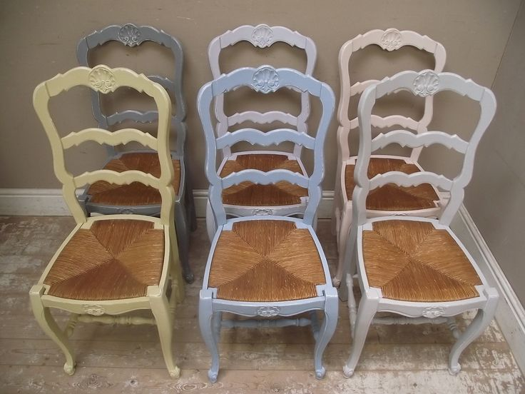 Bright vintage French Provencal Chair set of 6
