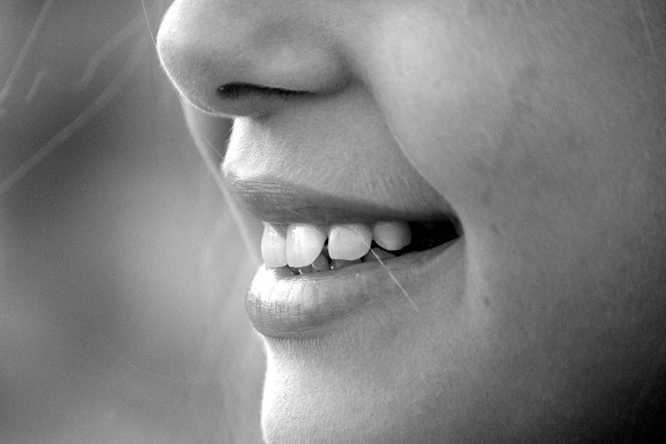 Buďte sami sobě zubařem a odstraňte zubní kámen