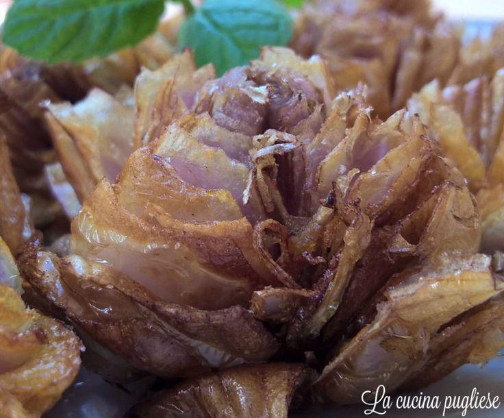 Una ricetta classica della cucina pugliese: I Lampascioni fritti! Per la ricetta: http://lacucinapugliese.altervista.org/recipe/lampascioni-fritti-senza-pastella/