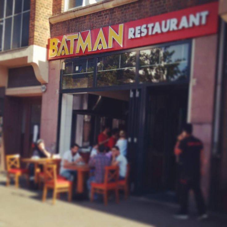 Bruce Wayne carries this thing too far isn't he? #batman #batmanvssuperman #turkish #diner #Döner #Hamburg #Steindamm #ilovehh