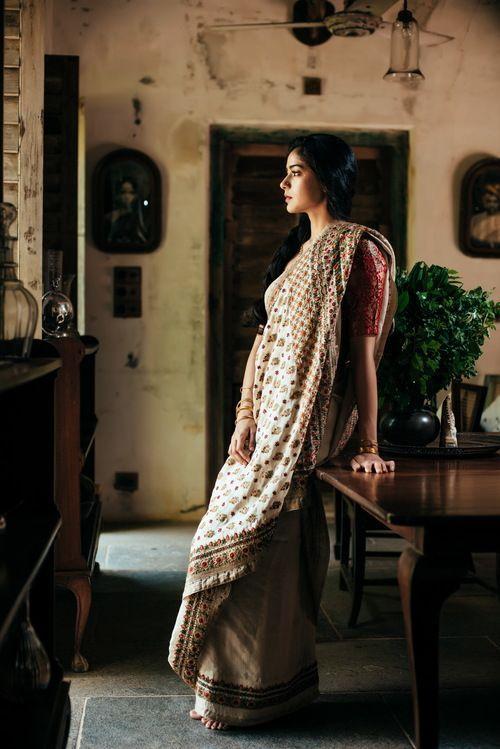 Best sari fabric for summer, summer fabric,best fabric for summer,viscose fabric,sweaty fabric,summer fabric,Summer dress,silk fabric,linen fabric,khadi fabric,jersey fabric,cotton fabric,Chanderi fabric,chambray fabric,blended fabric,best summer material,best summer fabric,best summer cloth,best fabric,