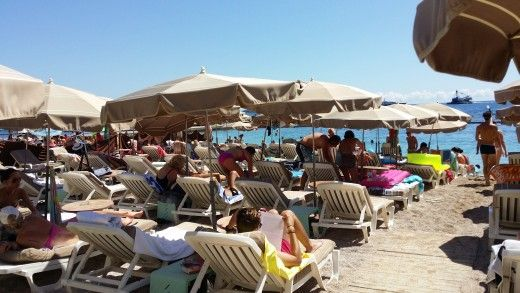 The private beach area can get very crowded but the service is excellent and you are guaranteed a spot.