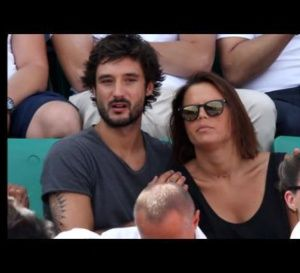 Laure Manaudou présente sa fille et officialise sa relation avec Jérémy Frérot