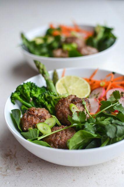 AIP Paleo Low Carb Vietnamese Lemongrass Meatball Bowl (sub garlic-infused oil for garlic salt; not sure about lemongrass?; use low-FODMAP veggies) / Comfort Bites