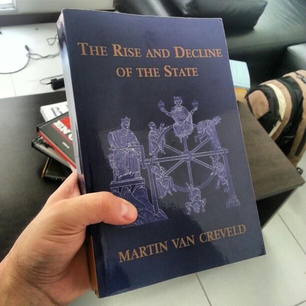 "Por fin una copia original en mis manos de ""The rise and decline of the State"""