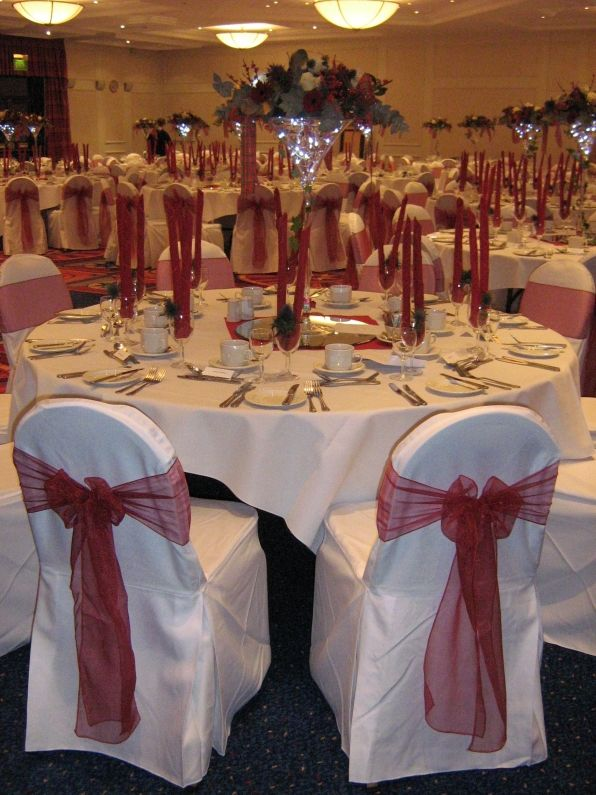 Burgundy Wedding Decorations