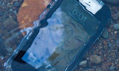 Safe5 Waterproof iPhone 5 Case