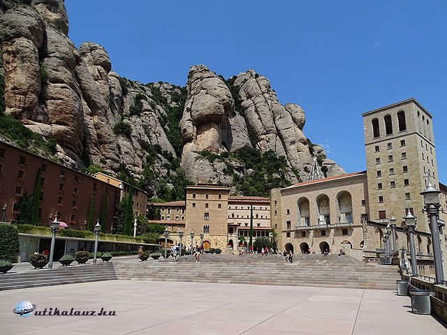 Montserrat főtere | Útikalauz