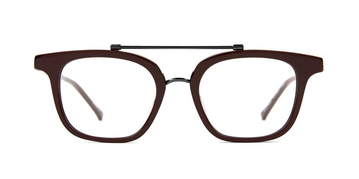 A SCANDINAVIAN IN N.Y. REMIX I Our interpretation of the classic Woody Allen look. A soft rectangular shape for a modern classic style.