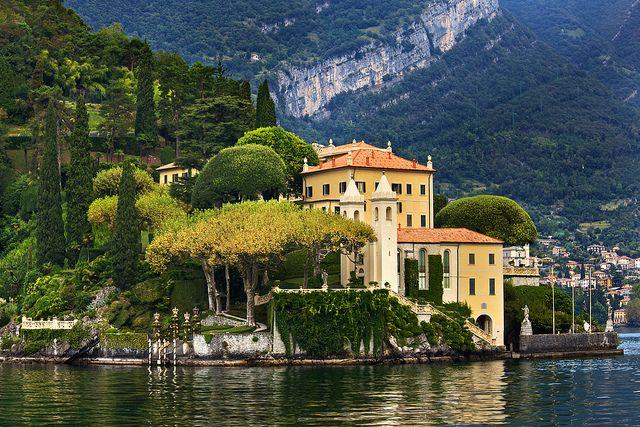 Villa del Balbianello: Luxury Villa on Lake Como, Italy by Daniel Peckham, via Flickr
