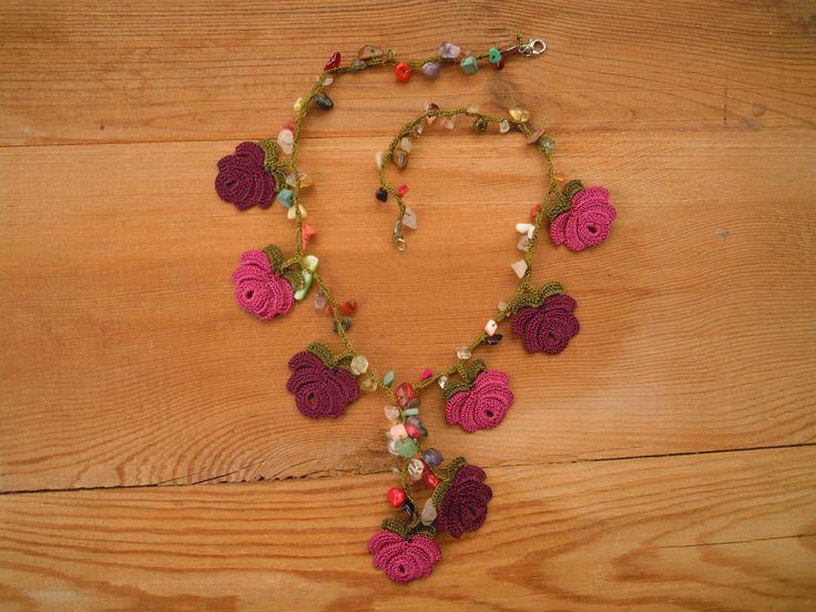 collar de crochet corto marrón púrpura rosa por PashaBodrum en Etsy
