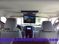 """Monitor cielo Macrom da 10,4"""" e lettore DVD integrato per la Jeep Gran Cherokee"""