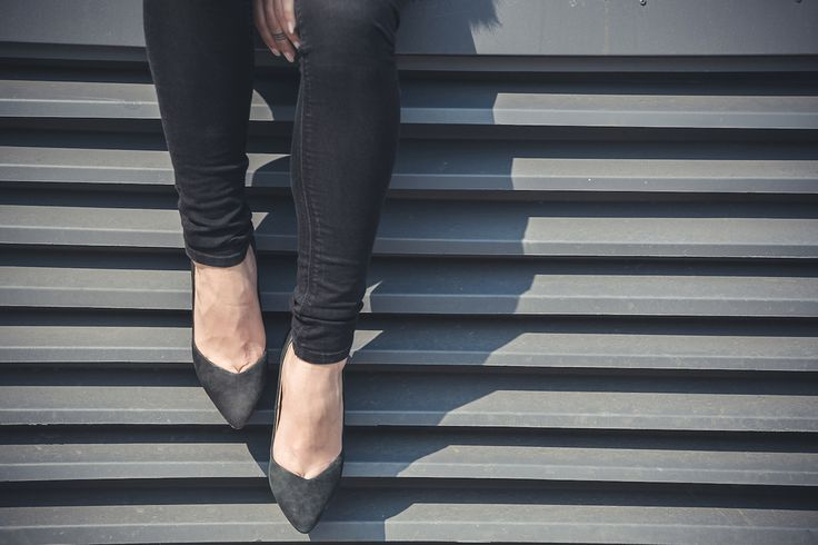 black heels http://www.lauramusuroaea.com/home/these-days-of-spring