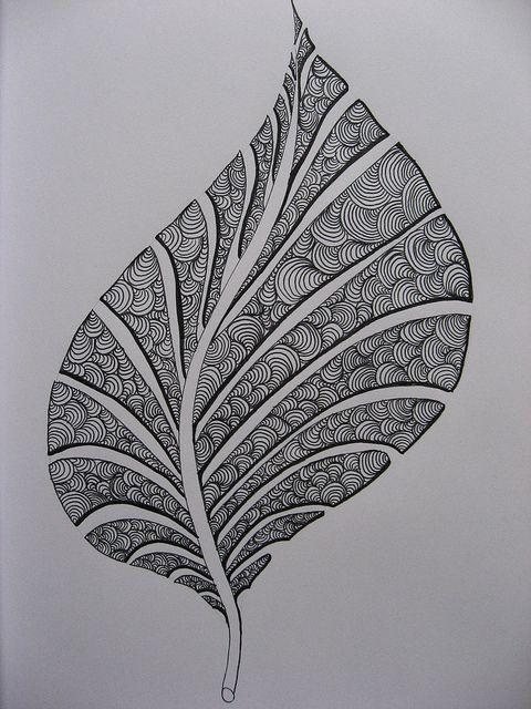 Quilling Nedir? İnce kağıt şeritlerin iğne etrafında döndürülerek oluşturulan şekillerin oluşturduğu bir sanat türüdür. Kağıt telkari olarak da adlandırılı