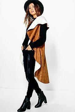 ¡Cómpralo ya!. Chaqueta De Antelina Y Borreguillo En Cascada Maisie.  , chaquetadecuero, polipiel, biker, ante, antelina, chupa, decuero, leather, suede, suedette, fauxleather, chaquetadecuero, lederjacke, chaquetadecuero, vesteencuir, giaccaincuio, piel. Chaqueta de cuero  de mujer color marrón oscuro de Boohoo.